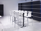 SWITCH high table with chairs